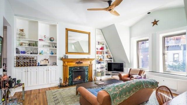 Amy Schumer apartment