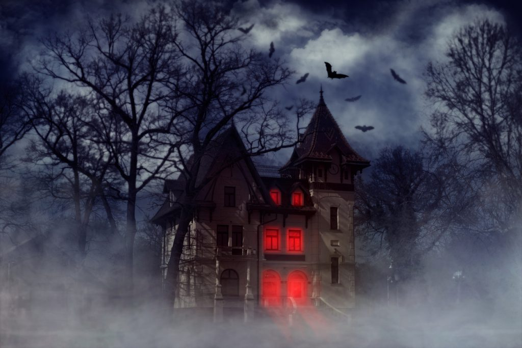 Top 10 Haunted Houses in Chicago