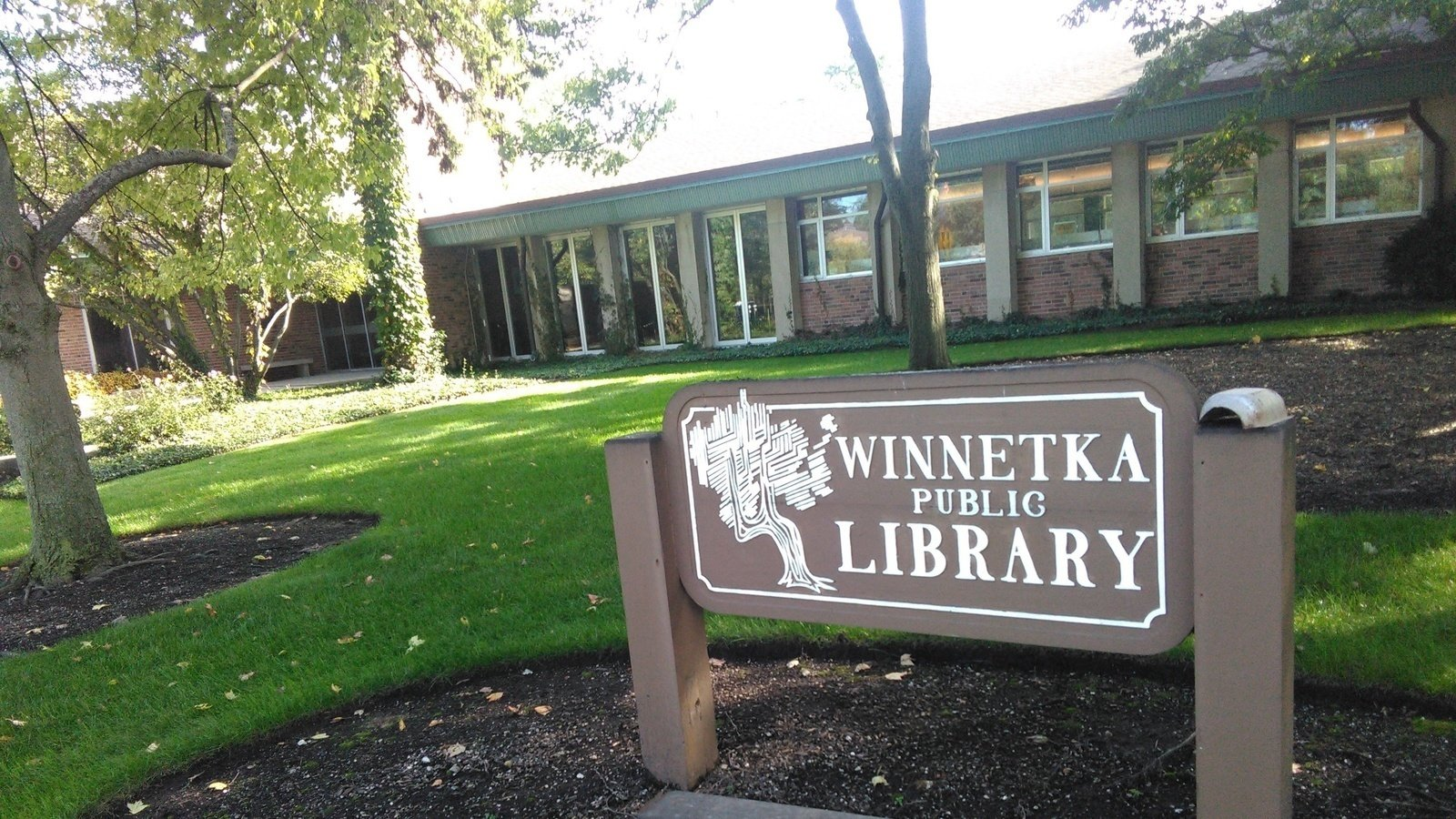 Winnetka-Northfield library