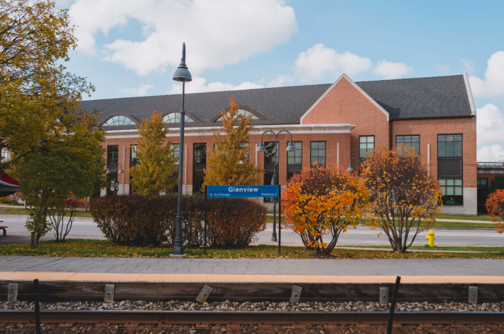 Glenview train station